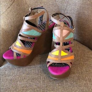 NWT Jessica Simpson 4 inch platforms wedges size 7